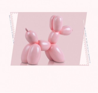 BALLOON DOG'S PINK CELEBRATION